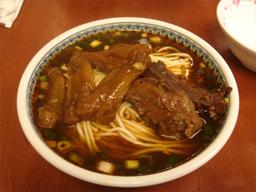 旅行・台湾・永康街・永康牛肉麺館・牛肉麺