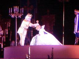 東京ディズニーランド・シンデレラブレーション・ライツオブロマンス・グランドフィナーレ・2008・シンデレラの戴冠式