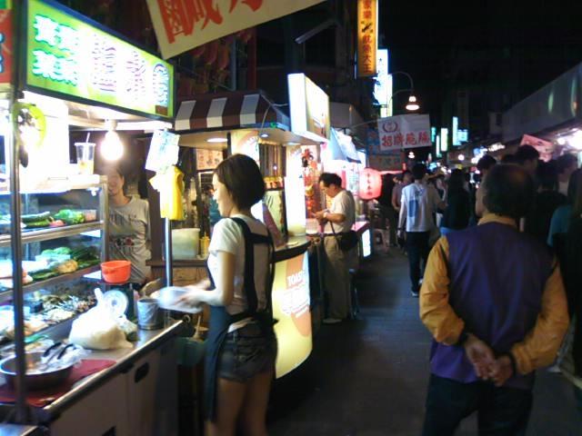 台湾の夜にはやっぱり「夜市」ははずせませんねえ!