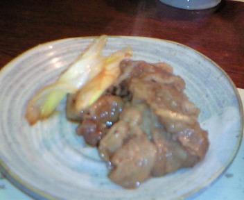 まずはお肉とねぎで頂きます@すき焼亭