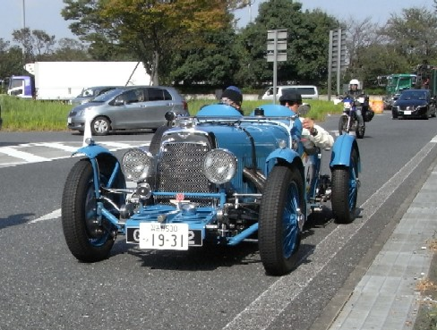 LF2011014.jpg