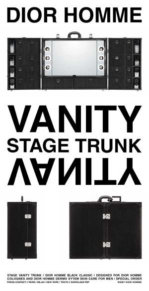 stage_vanity_trunk7.jpg