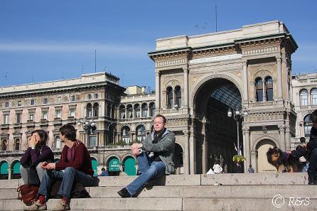 ドゥオーモ広場とベル1