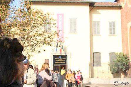 旧ドメニコ派修道院前のベル2