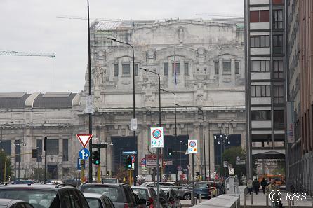 ミラノ中央駅前2