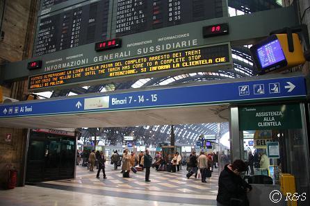 ミラノ中央駅ホーム3