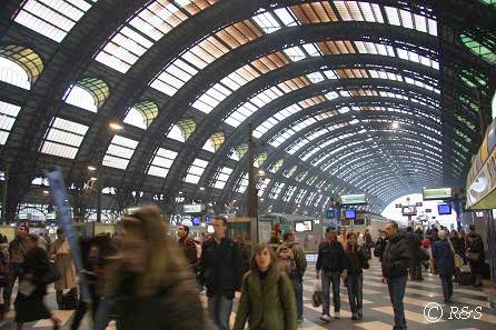 ミラノ中央駅ホーム4
