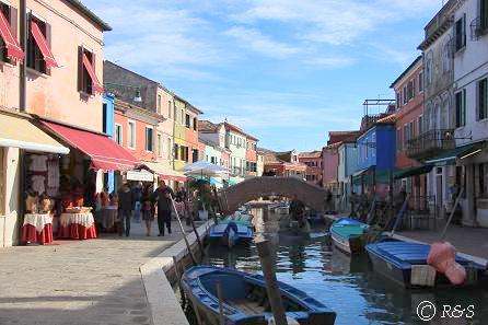 ブラーノ島の運河2