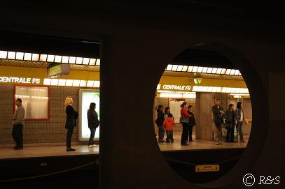 ミラノ中央駅の地下鉄1