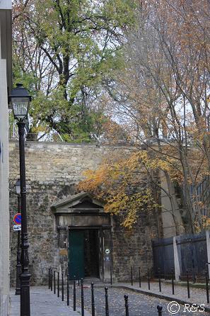 ペール・ラシェーズ墓地南入り口1