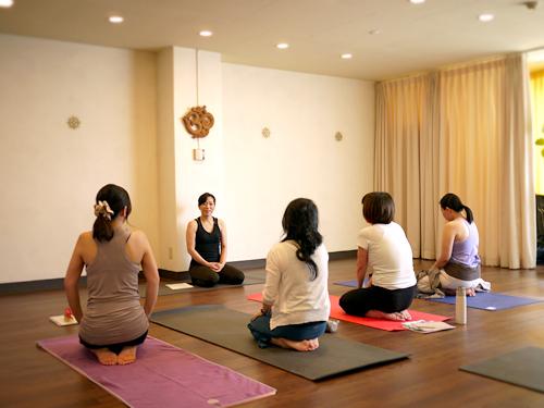 ハタヨガ&瞑想 特別講座 初級