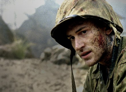 the_pacific_hbo_tv_miniseries_image_joseph_mazzello_01.jpg