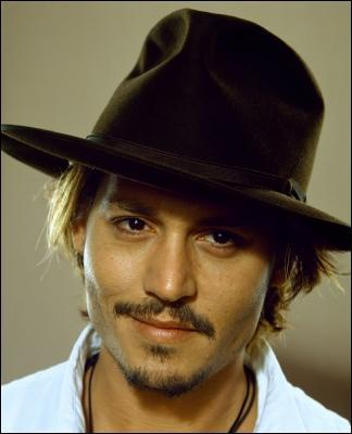 JohnnyDepp-deppography-001.jpg