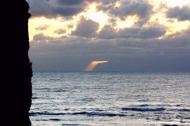 オホ-ツク海の夜明け2