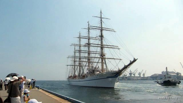 日本丸船出