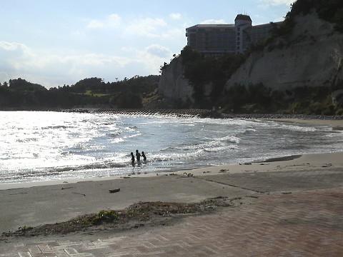 サンマリーナで遊ぶ子供たち