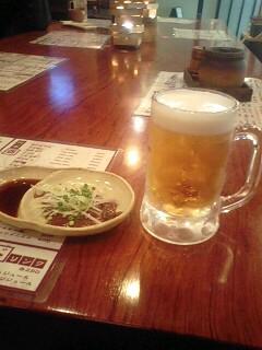 ビールとレバ刺(^_^)v