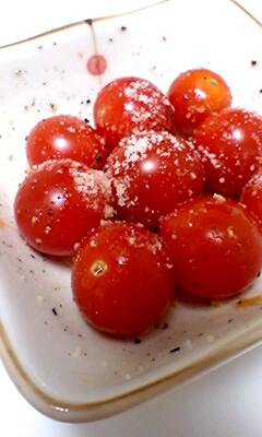 トマトのオリーブ焼き