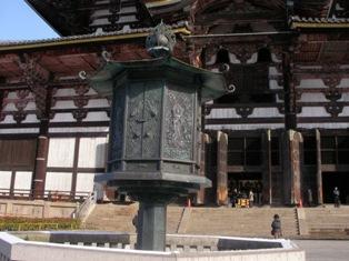 東大寺 金銅八角燈籠