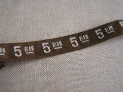 ブラウンのナンバーテープ・2
