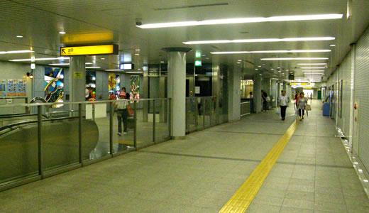 神戸一長い地下通路を通った(3)-3