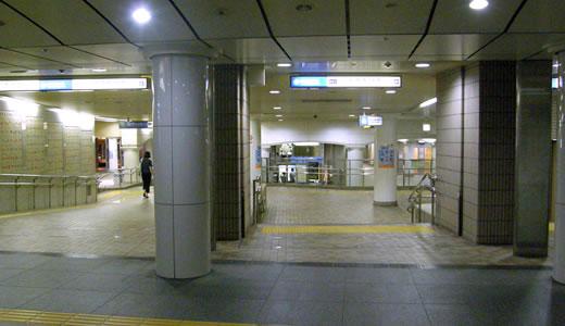 神戸一長い地下通路を通った(3)-5