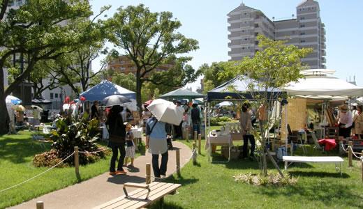 湊川公園アート市-1