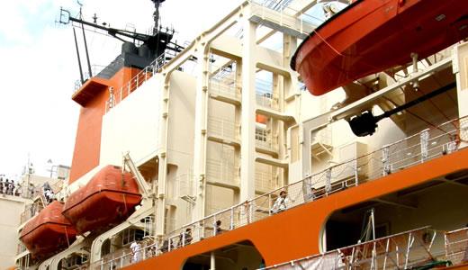 南極観測船「しらせ」が神戸にやって来た(2)-3