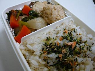 かぶと鶏団子の煮物弁当