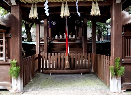 okazaki_shrine_3.jpg