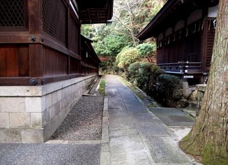 okazaki_shrine_4.jpg