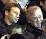 オシム監督とブッフバルト監督も興奮しながら試合を観戦