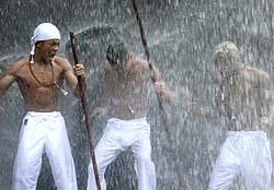 亀田兄弟のシャワー写真w今年はマッチメーク改善求む