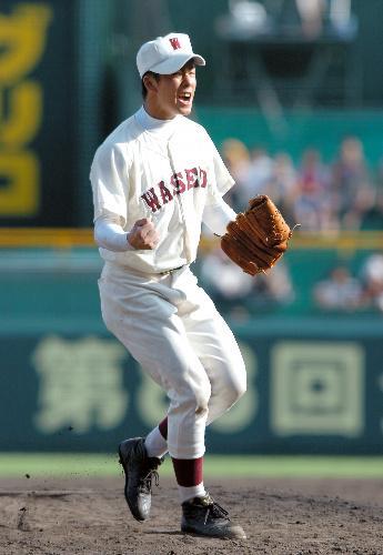 田中と並んで投げる斎藤
