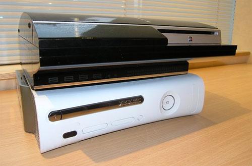でっかいPS3と、ウルサイXBOX360、とにかく両機種とも値下げを希望いたしますw