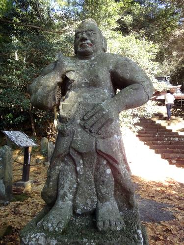 221205 八幡大神社9