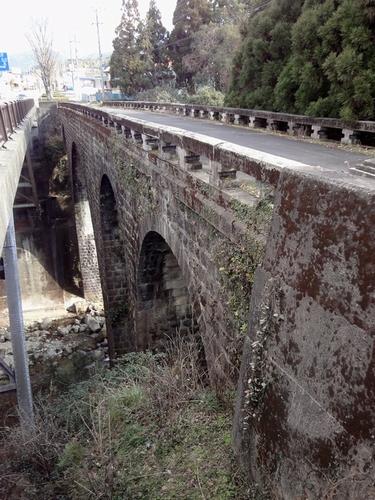 230130 年祢橋4