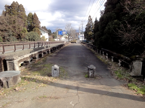 230130 年祢橋1
