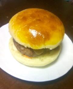 味吉陽一の特製ハンバーガー37