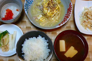 白菜と豚肉の卵とじ