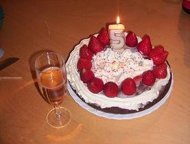 5歳の誕生祝いケーキ