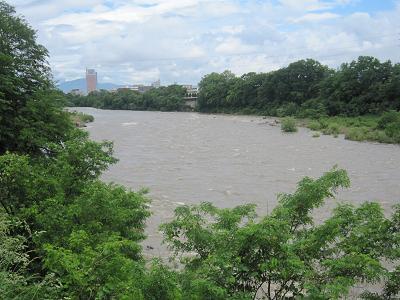 IMG_2877 10 河原いっぱいに濁流