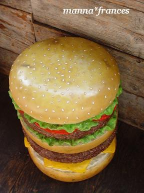 ハンバーガーベンチ