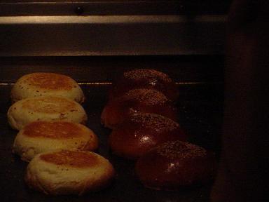 ハンバーガー作り途中