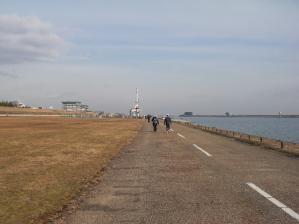 コースは長良川沿いの10kmの周回