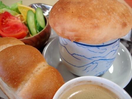 志賀高原横手山山頂ヒュッテ きのこ雲スープ