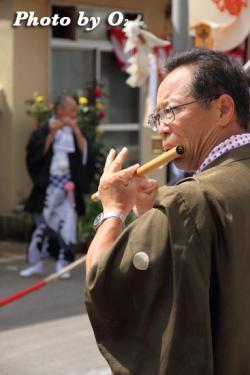 笛吹き 祭り人