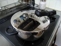 0305圧力鍋01