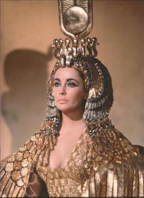 Elizabeth Taylor  Cleopatra (1963)-2