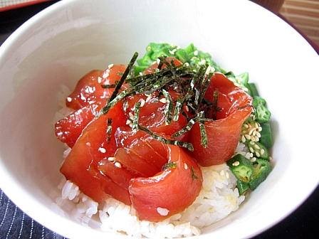 昆布醤油ダレで★まぐろの漬け丼1